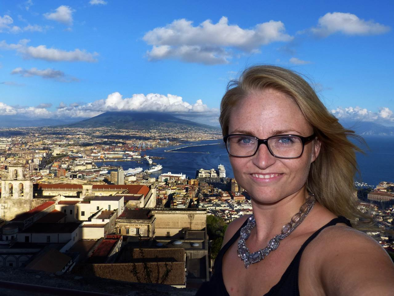 View on the volcano Vesuvius in Naples