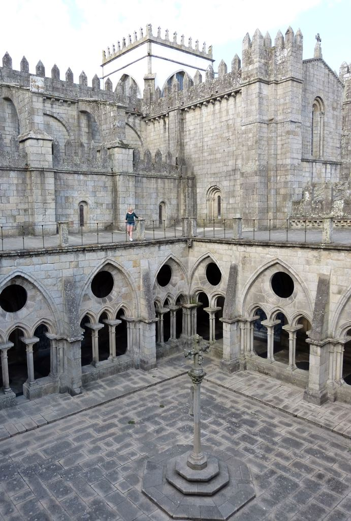 10 must dos in porto - Porto Se Cathedral - momentsoftravel.com
