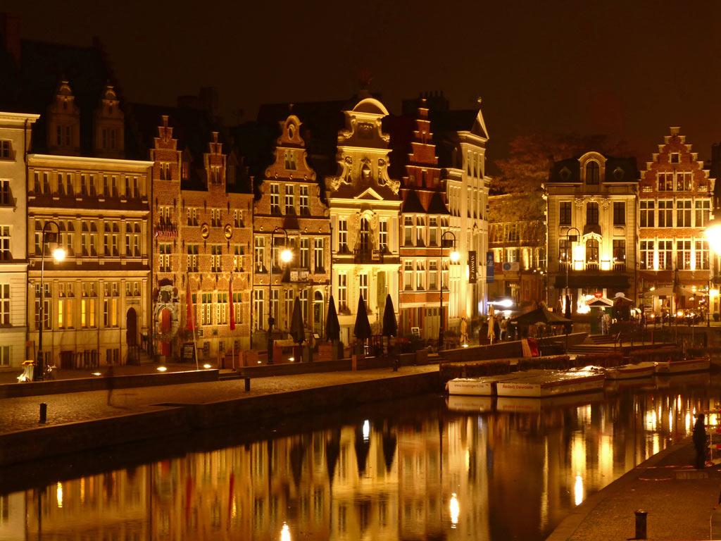 Korenlei, Graslei bei Nacht in Gent, Gent Sehenswürdigkeiten, Moments of Travel