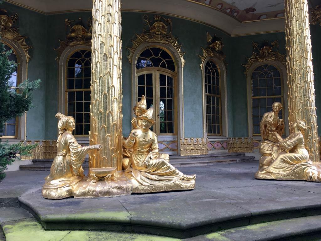 Figuren Gold Potsdam Schlosspark