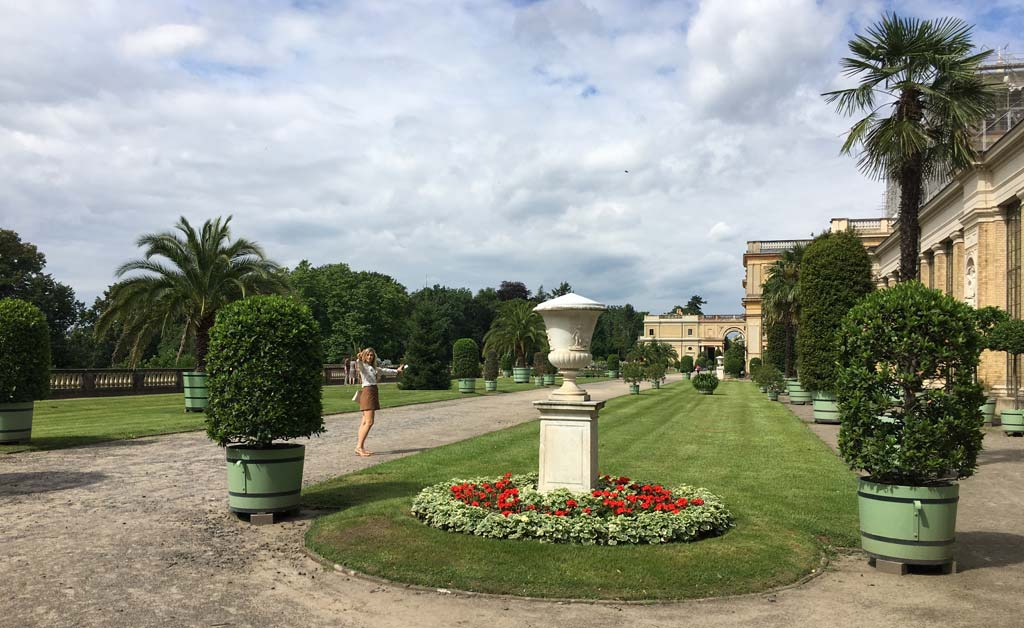 Frau Pflanzen Potsdam Orangerie