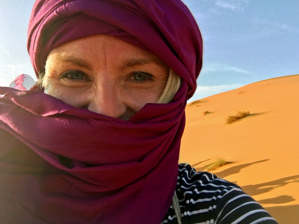 Sahara Wüste Frau Selfie