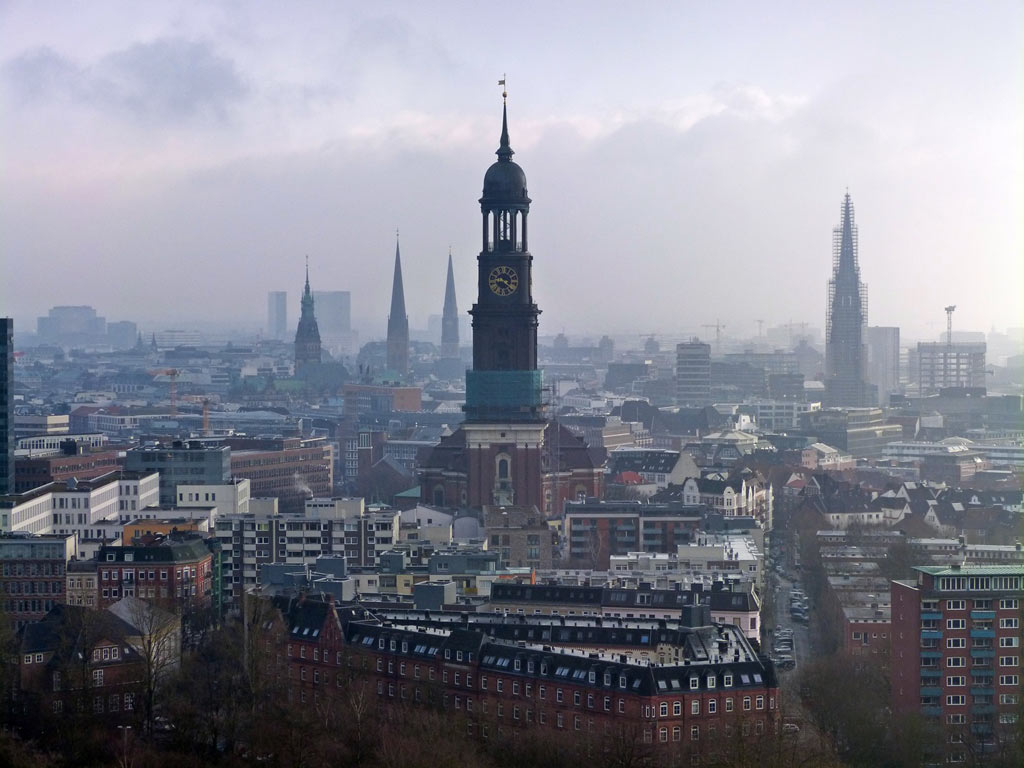 View-on-Michel-in-Hamburg