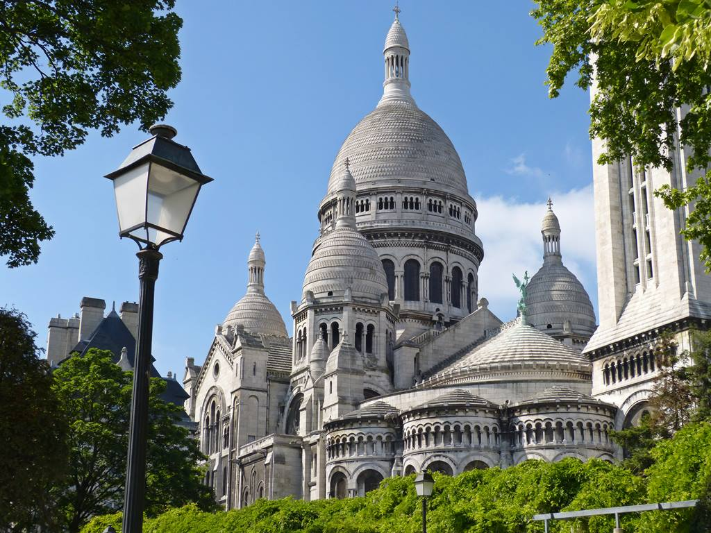 moments of travel at Sacre Coeur in Paris