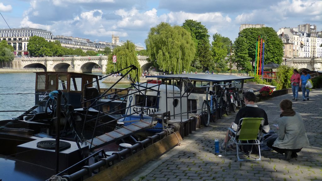 moments of travel walking along the Seine in Paris