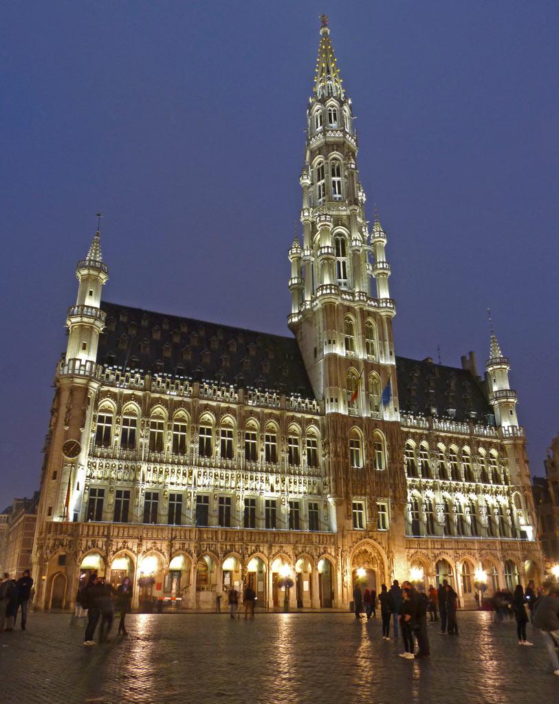 Rathaus von Brüssel nachts, 48 Stunden Brüssel