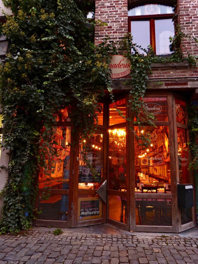Außenansicht Restaurant in Gent, Gent Sehenswürdigkeiten, Moments of Travel