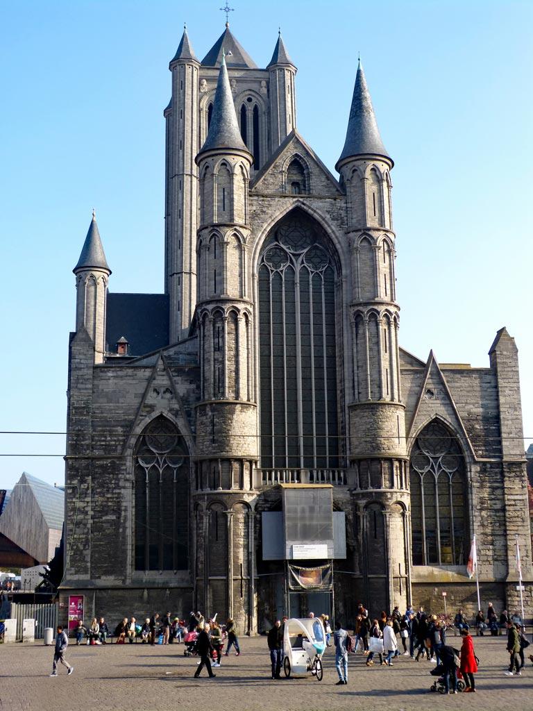 Kirche Architektur Gent, Gent Sehenswürdigkeiten, Moments of Travel