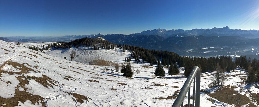 schnee und berge vom berg dobratsch