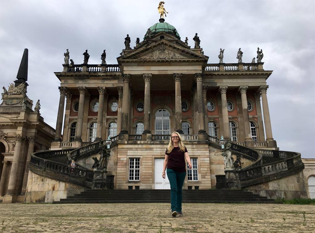 Frau Schloss Uni Potsdam