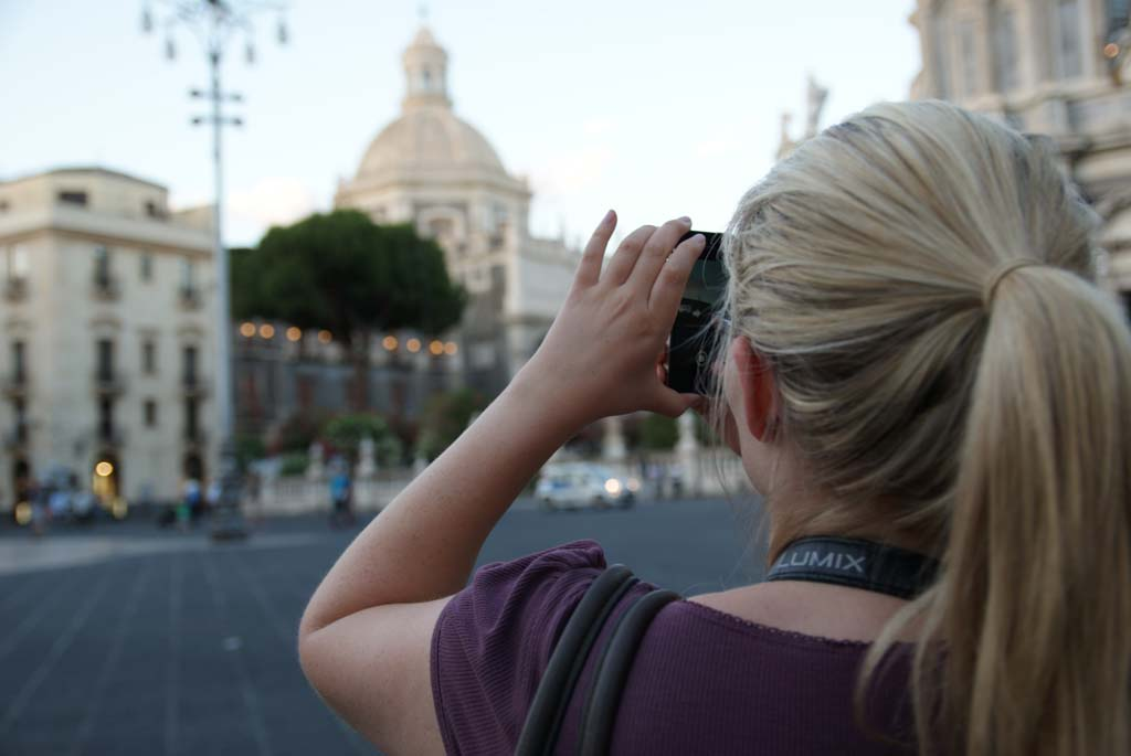 Frau Foto Piazza del Duomo Catania