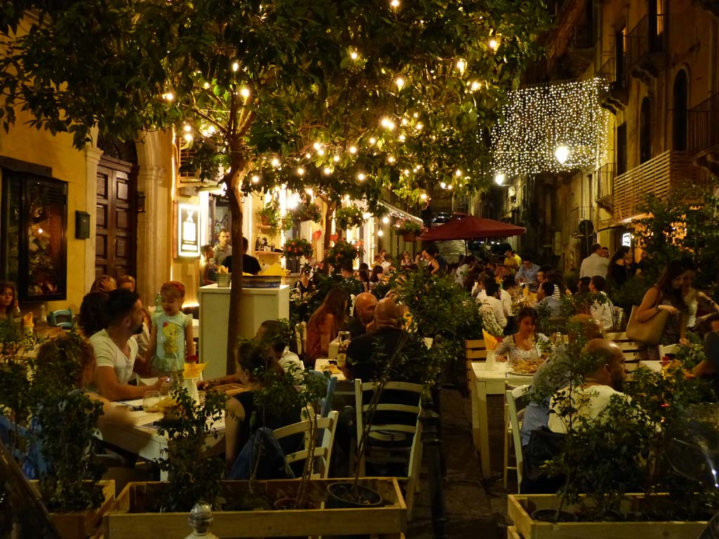 Pizzeria Catania Top 10 Sehenswürdigkeiten
